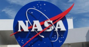 Espace : La lune s'éloigne de la terre de 1,5 cm par jour
