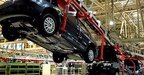 Automobile montage
