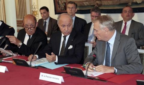 France ministres primature affaires etrangeres defense