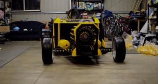 Invention Une voiture toute en Lego