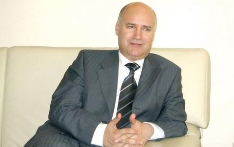 Anis Birou Ministre mre et migration