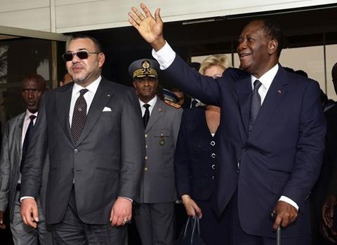 Roi MohammedVI du maroc et president Ouattara de cote d ivoire 2014