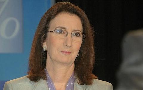 Amina Benkhadra Onhym