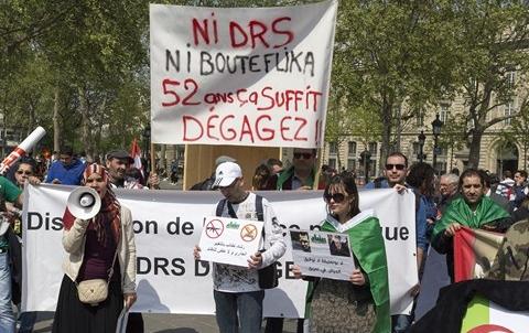 Manif Algeriens France 2014