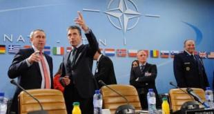 Ukraine : L'Otan impuissant se renforce à l'Est