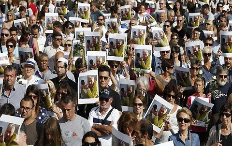 Manifestation a la memoire de herve gourdel