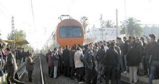 Dans le train, entre sans-gêne et hooligans