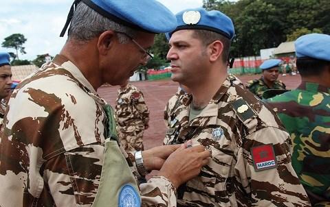 Soldat marocain de l onu decore