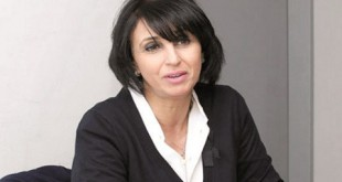 Nabila Mounib, intransigeante