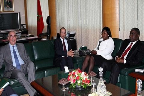 Maroc delegation gabonaise recue au ministere de l interieur avril 2015