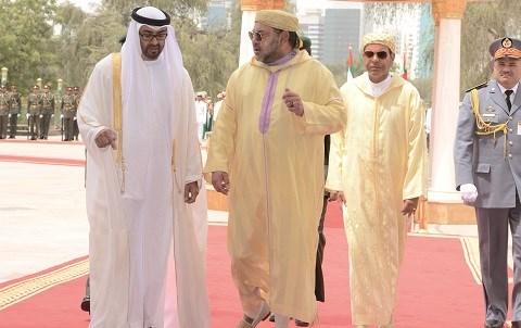 Le roi du maroc aux emirats mai 2015