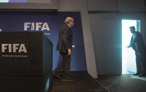 Blatter demissionne juin 2015 afp