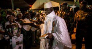 Gambie : Vote et pression militaire