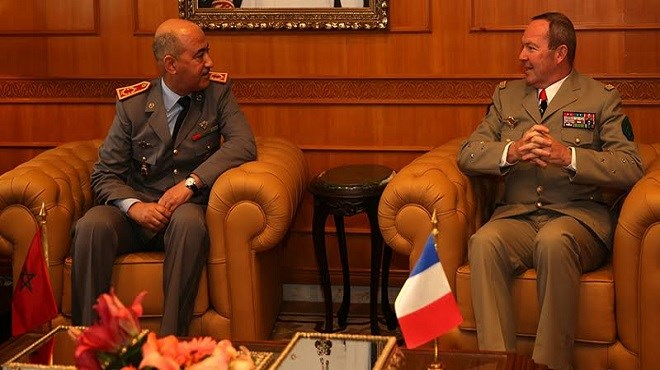 Coopération militaire maroco-française : Abdelfatah Louarak reçoit Jean-Pierre Dosser