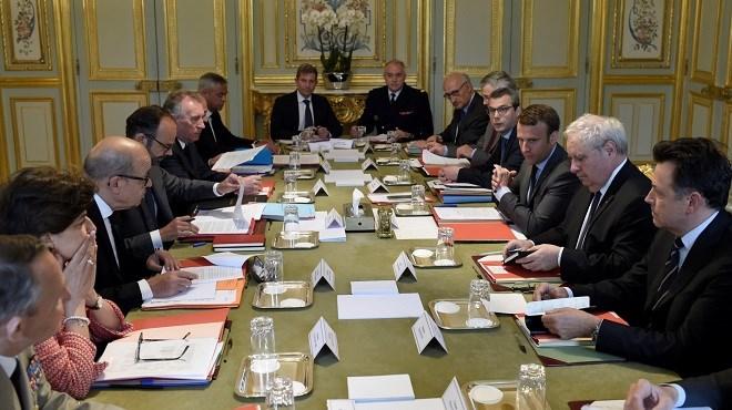 France : Le premier gouvernement Macron face aux promesses