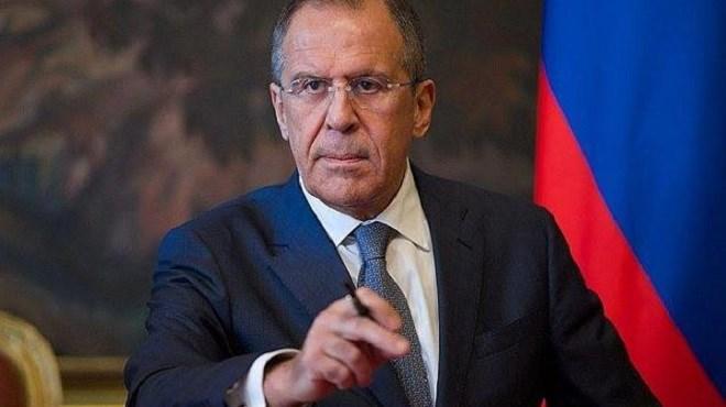 """La politique américaine en Syrie risque de """"mettre le feu"""" à la région (Lavrov)"""