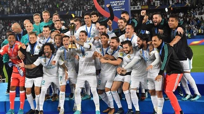 Zinédine Zidane et Cristiano Ronaldo, grands vainqueurs — Globe Soccer Awards