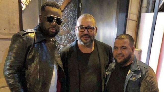 Photo du jour : Le Roi Mohammed VI en compagnie de Maître Gims