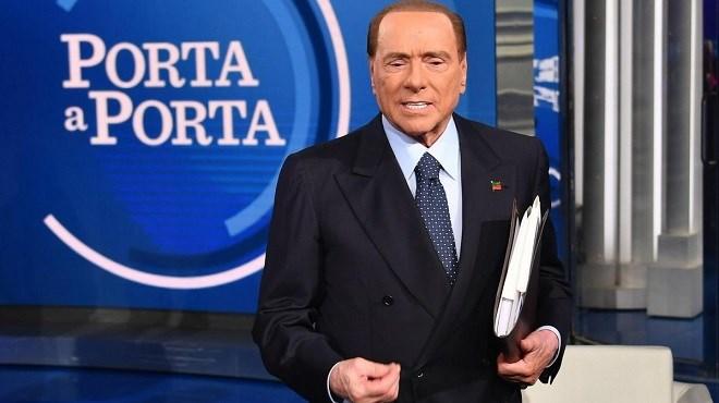 Italie : Les ides de mars de Berlusconi