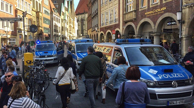 Allemagne : une voiture fonce dans la foule à Münster