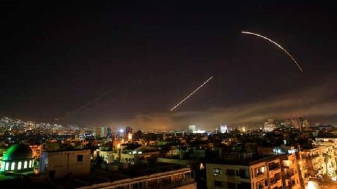 Les Etats-Unis et leurs alliés lancent des frappes ciblées en Syrie