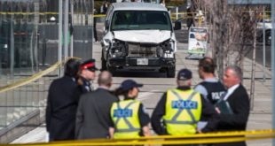Toronto : une camionnette renverse des piétons, le conducteur du véhicule arrêté