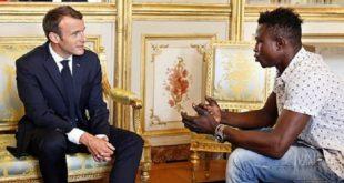 Auteur d'un sauvetage héroïque, un jeune Malien reçu à l'Elysée par le président Macron