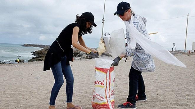 Opération de nettoyage de la plage des Oudayas à l'initiative des ambassades des pays nordiques