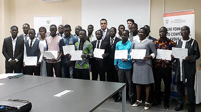 Abidjan : Cérémonie à l'honneur de diplômés ivoiriens de l'EMFMBTP