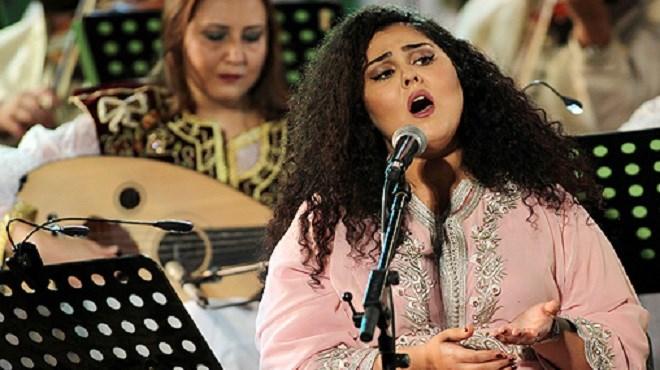 Abir El Abed chante pour l'ouverture du 54è Festival International de Carthage