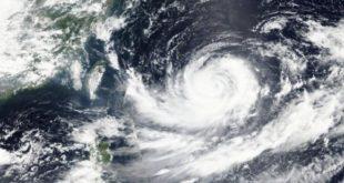 Le japon menacé par un très puissant typhon