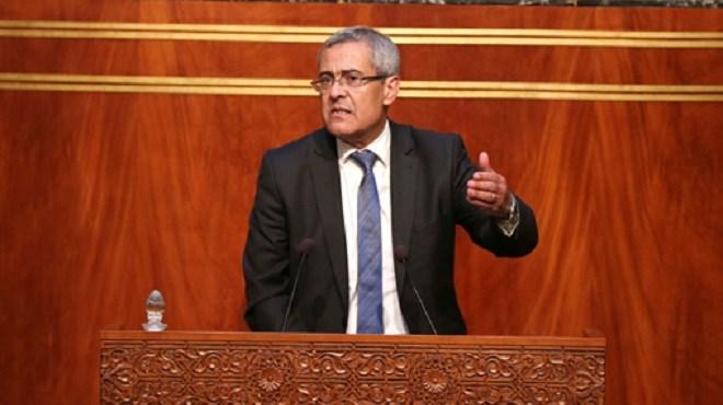 GMT+1 : les explications du ministre Mohamed Benabdelkader