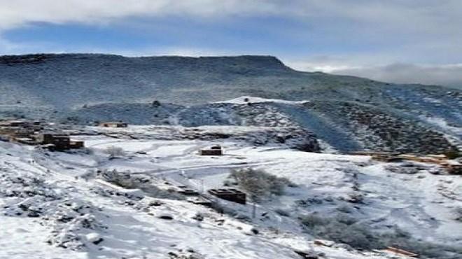 Le décès d'un berger piégé par la neige à Taza enflamme la toile