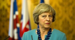 "Brexit : Theresa May s'attend à une ""semaine intense"" de négociations"