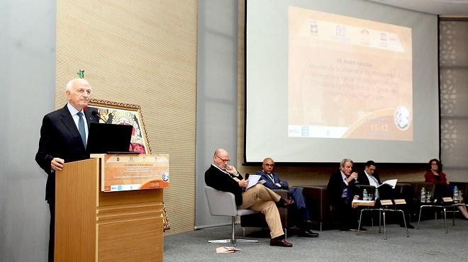 """Marrakech : André Azoulay rend hommage aux Rois du Maroc qui ont """"honoré la mémoire"""" de juifs persécutés pendant l'Holocauste"""