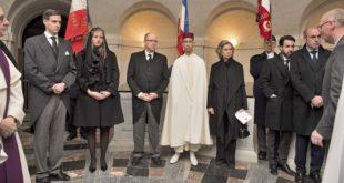 (VIDEO) SAR le Prince Héritier Moulay El Hassan représente SM le Roi aux obsèques du Comte de Paris, Henri d'Orléans