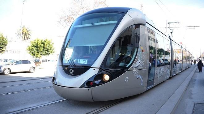 Un automobiliste percute une rame de tramway à Ain Sebaâ