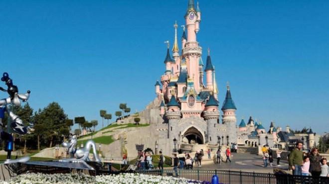 Panique à Disneyland Paris…