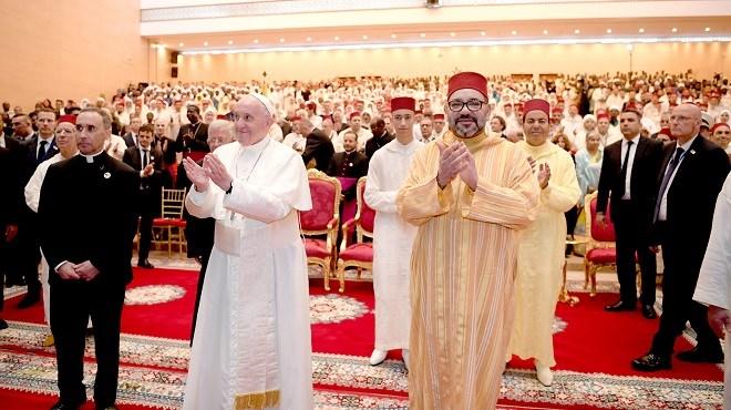 SM le Roi et le Pape visitent l'Institut Mohammed VI de formation des Imams