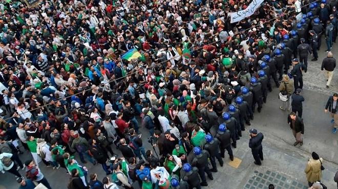 Algérie : Washington demande le respect du droit de manifester