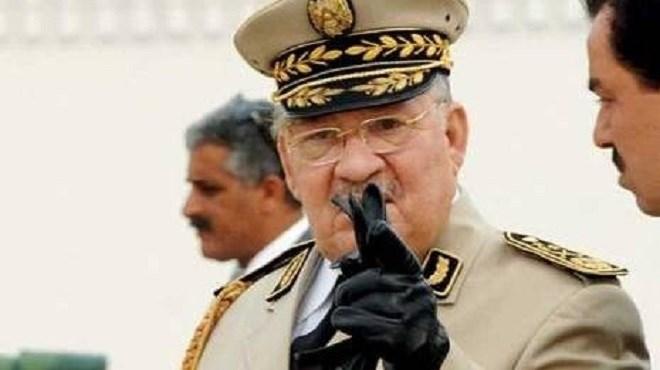 Algérie : Exiger le départ des «symboles du système» est «irraisonnable» (armée)