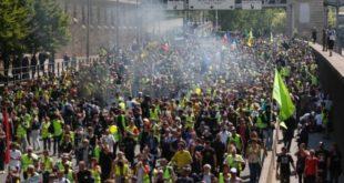 Gilets jaunes : Test de mobilisation après les annonces d'Emmanuel Macron
