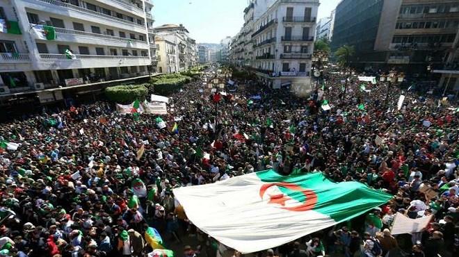 Algérie : Le bras de fer se poursuit entre pouvoir et manifestants