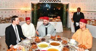 Le Roi Mohammed VI offre un iftar en l'honneur de Jared Kushner