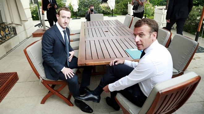 Emmanuel Macron reçoit Mark Zuckerberg