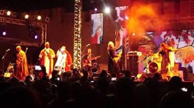 Festival Gnaoua : Les Mâalem Bekkas et Hakmoun livrent des prestations électriques