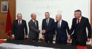 Signature à Casablanca d'une convention de partenariat entre le Groupe PSA et CETIEV