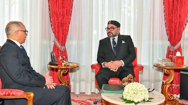 Sa Majesté le Roi Mohammed VI reçoit Chakib Benmoussa