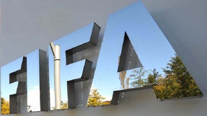 Covid-19 : La FIFA réfléchit à une aide au football mondial