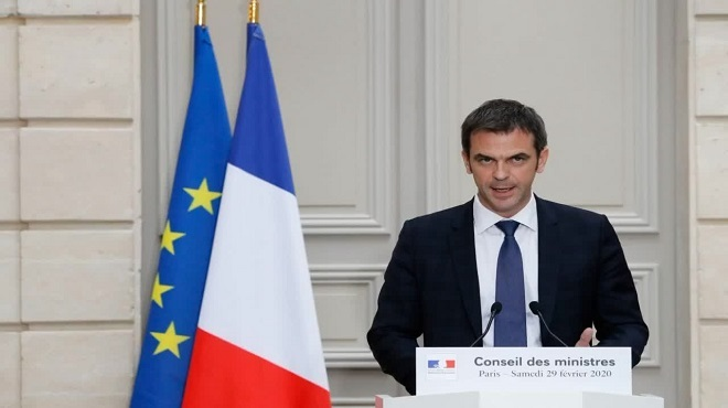 Coronavirus : 100 cas en France, le gouvernement prend de nouvelles mesures